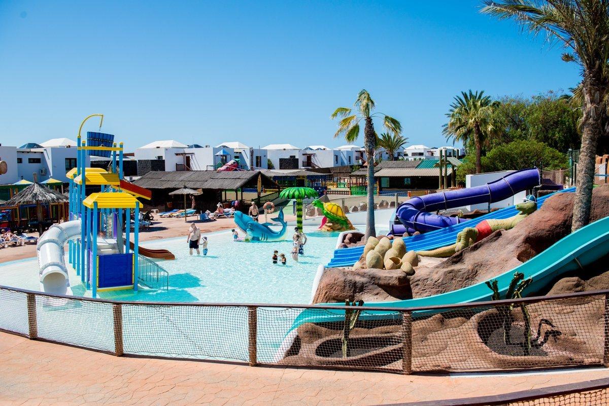 Playa Blanca Water Park Hotel